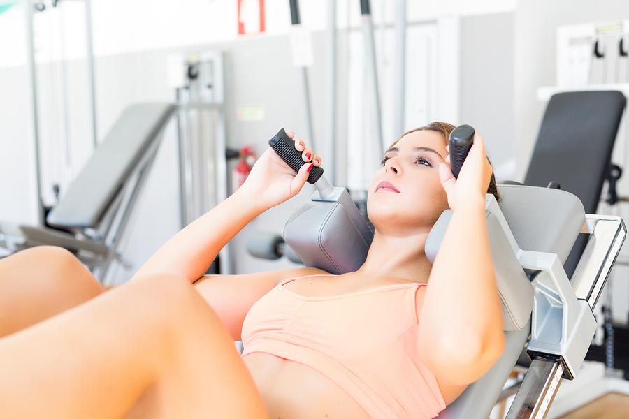 マシンで、お腹の脂肪を減らしたくて、腹筋トレーニングを毎日やっていてもお腹の脂肪は取れません|シェイプス Shapes