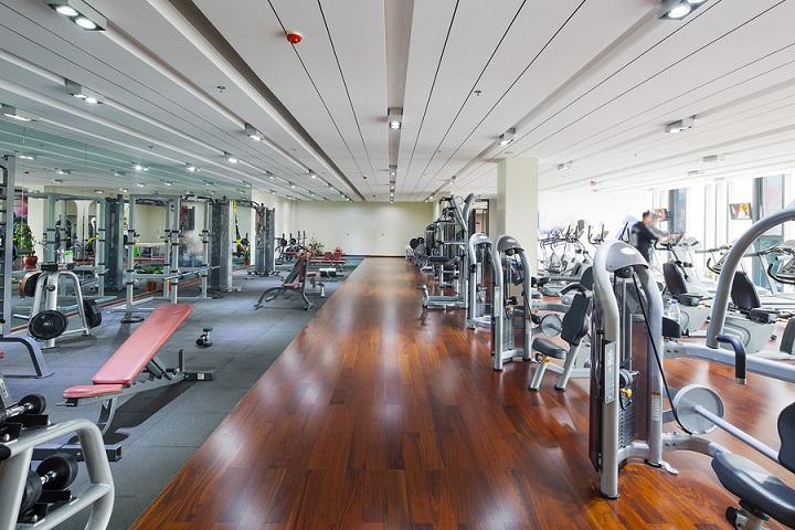 スポーツジムに入会して、ひとりでトレーニングをしてダイエット|ボディメイクジム シェイプス Shapes